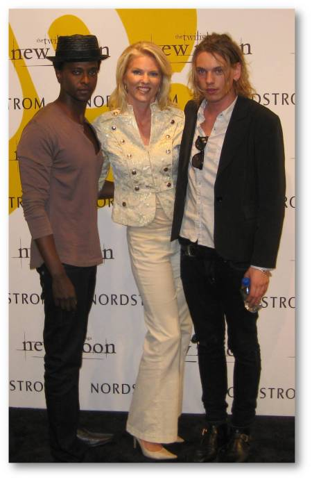 Corinna with Edi Gathegi and Jamie Campbell-Bower